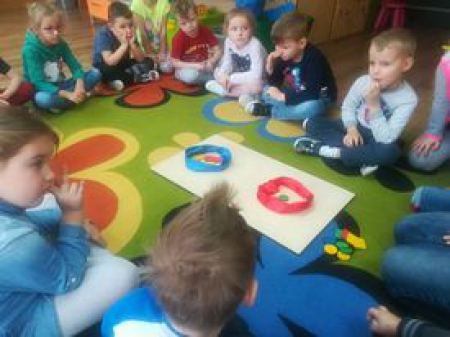Realizacja programu ''Dziecięca matematyka'' w grupie Motylki''